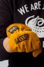 GlovesGass01