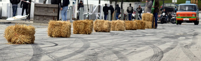 Dusty Track   Drag Race